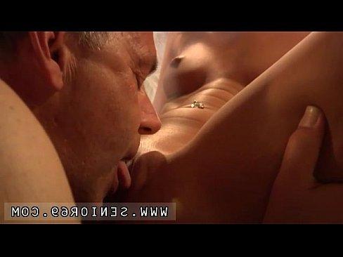секс отец ебал дочь казахстан