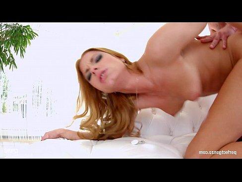 порно сын ебал спящую маму